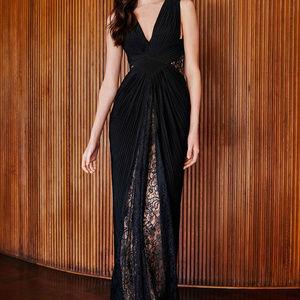Rizo Sleeveless Pintuck Gown